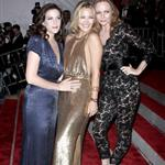 Stella McCartney with Kate Hudson and Liv Tyler at the 2009 Costume Institute Gala 38375
