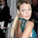 Blake Lively at the 2009 Costume Institute Gala in Versace 38359