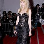Claudia Schiffer in Versace at the 2009 Costume Institute Gala 38459