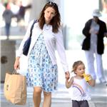 Jennifer Garner and daughter Seraphina shopping in Santa Monica June 2011 89178