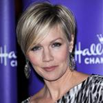 Jennie Garth at Hallmark TCA party January 2011 76429