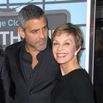 George Clooney with his mother at the 2009 premiere of Up in the Air 106961