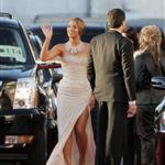 Beyonce outside the 2009 Golden Globe arrivals 30509