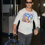 Ryan Gosling arrives on red eye for TIFF to promote Blue Valentine  68819