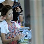 Eva Mendes gets her hair done in Thailand 106310