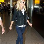 Gwyneth Paltrow and Cameron Diaz fly to New York from London  96016