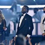 Very pregnant M.I.A. performs at Grammy Awards 2009 32390
