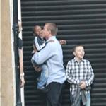 Guy Ritchie picks up Rocco and David Banda for dinner 68119