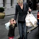 Gwyneth Paltrow with kids at Kabbalah Centre in New York 17311