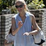 Gwyneth Paltrow out in London with her daughter Apple Martin and some friends 115993