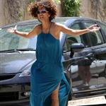 Halle Berry loses it on photographers at her daughter's school 116207