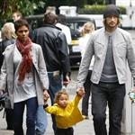 Halle Berry Gabriel Aubrey in London with Nahla August 2010  67694