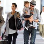 Halle Berry Gabriel Aubry and baby Nahla arrive in LA 50108