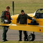 Prince Harry gets extra flying lessons after failing pilot's test 32971