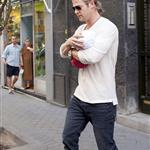 Chris Hemsworth out in Madrid with his mother-in-law and baby India  119530