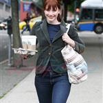 Bryce Dallas Howard walking with her Starbucks 46400