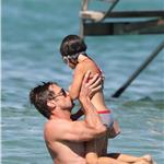 Hugh Jackman plays with his daughter Ava while on holiday in St Tropez 92959