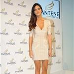 Iker Casillas promotes Phillips shaver as Sara Carbonero poses for Pantene  69375