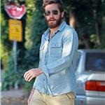 Jake Gyllenhaal visits a friend with a heavy beard 67803