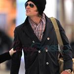 Jared Padalecki and pregnant wife Genevieve Cortese at Vancouver airport heading to Toronto for Supernatural convention  95996