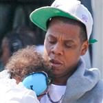 Jay-Z arrives in New York with Blue Ivy 124621