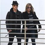 Jennifer Aniston and Justin Theroux go to the movies  103642