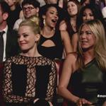 Jennifer Aniston and Elizabeth Banks at the 2012 MTV Movie Awards 116364
