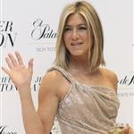 Jennifer Aniston's face looks different as she promotes her fragrance Lola Vie in Mexico City  81242