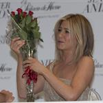 Jennifer Aniston's face looks different as she promotes her fragrance Lola Vie in Mexico City  100780