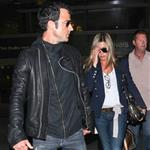 Jennifer Aniston and Justin Theroux arrive at LAX from their European vacation  118680