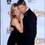 Jennifer Aniston and Gerard Butler at the Golden Globes 2010 53554