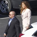 Jennifer Lopez arrives at the American Idol set 114805