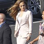 Jennifer Lopez arrives at the American Idol set 114801