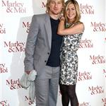 Jennifer Aniston wears print in Paris with Owen Wilson at Marley & Me photo call 33853