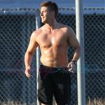 Jensen Ackles shirtless playing soccer in Vancouver August 2010  67597