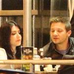 Jeremy Renner eating at Mel's Diner in Los Angeles 110654
