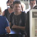 Jeremy Renner at LAX to catch a flight 123942