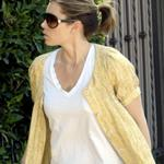 Jessica Biel back to brown hair  18496