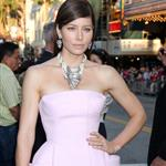 Jessica Biel at the Los Angeles premiere of Total Recall 122251