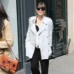 Jessica Biel goes shopping for a wedding dress in Paris 110730