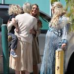 Jessica Simpson greets her sister, Ashlee Simpson, outside of her baby shower 109172