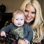 Jessica Simpson posts photos with her family on iVillage 126736
