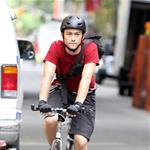 Joseph Gordon-Levitt on the set of Premium Rush  74213