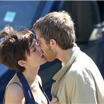 Anne Hathaway Jim Sturgess kiss in Paris while shooting One Day 68014
