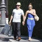 Jennifer Lopez and Casper Smart shop in LA 115404