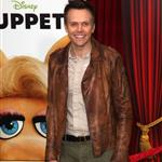 Joel McHale at the premiere of Walt Disney Pictures The Muppets  98377