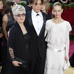 Johnny Depp at the 76th Annual Academy Awards, February 29, 2004 with his mother and Vanessa Paradis  106874