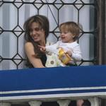 Angelina Jolie and daughter Vivienne on the balcony in Venice 57568