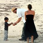 Brad Pitt and Angelina Jolie spend holidays in Namibia 75741