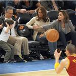 Jon Stewart and son at Knicks game sitting beside Jessica Alba 81058